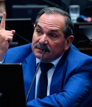 Alperovich abandona el bloque peronista