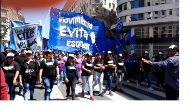 Pese al bono, hay tensión con movimientos sociales